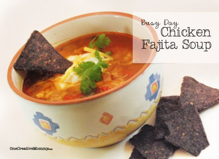 Busy Day Chicken Fajita Soup {Quick and soooo yummy!} OneCreativeMommy.com #chickenfajita #soup